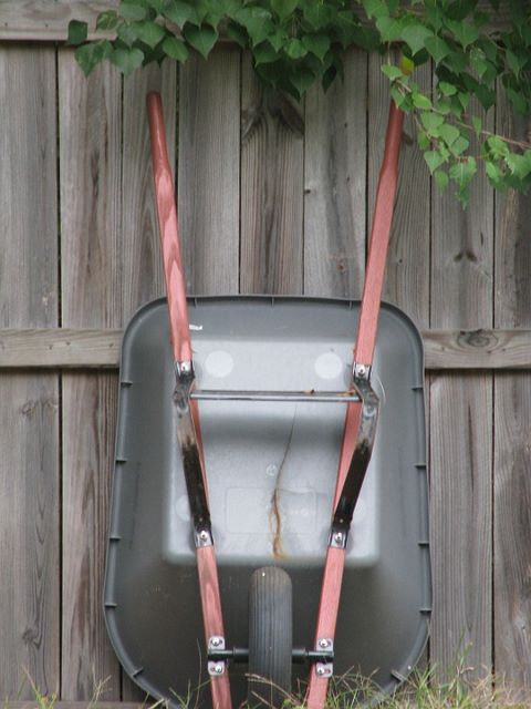 Natural-Solutions to store wheelbarrow