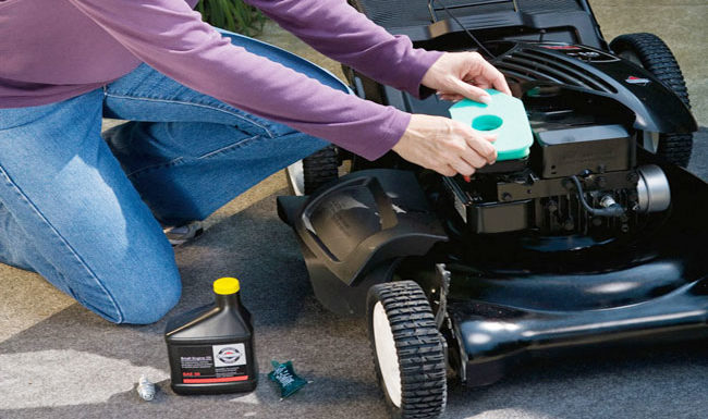 Lawn Mower Maintenance: 10 Most Common Mistakes People Make