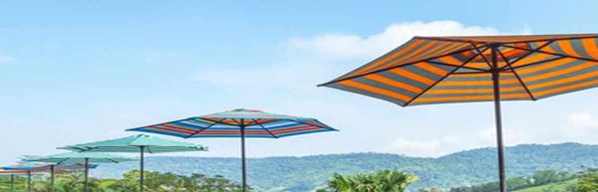 What color patio umbrella is the best ?