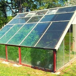use bubble wrap to heat small greenhouse